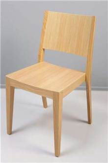 כסא עץ אלון