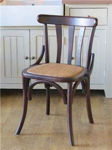 כסא יוקרתי מעץ אלון