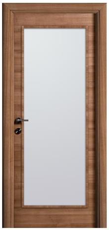 דלת עם חלון גדול