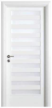 דלת לבנה עם צוהרים
