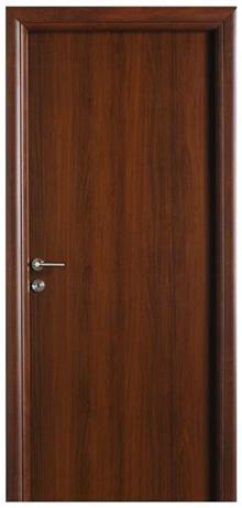דלת אגוז קלאסית