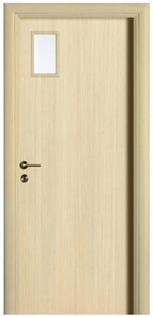 דלת אלון עם צוהר