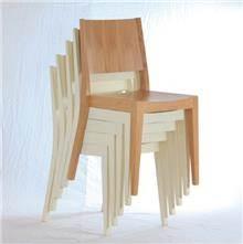 כסאות נערמים עץ