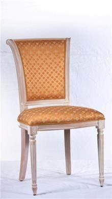 כסא מוזהב