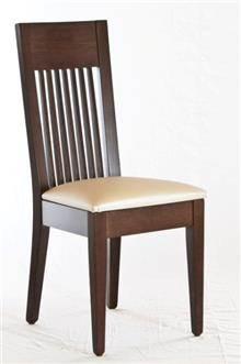 כסא עם מסגרת חומה