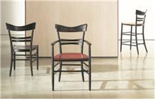 כסאות אלגנטיים