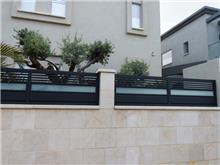 גדרות אלומיניום משולבות זכוכית - טרלידור