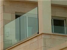 מעקות זכוכית מרשימות - טרלידור