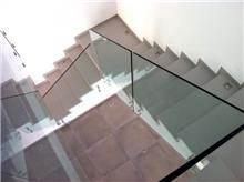 מעקה זכוכית של טרלידור - טרלידור