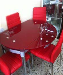שולחן זכוכית מעוצב
