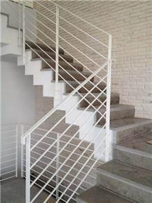 חיפוי מדרגות אפור - אבני ניצן