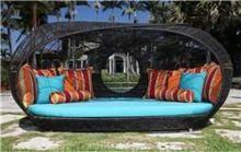 מיטת מרבץ מעוצבת - כסא נדנדה