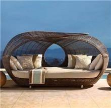 מיטת מרבץ יוקרתית - כסא נדנדה