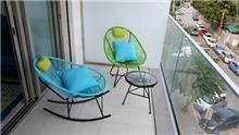 סט 2 כסאות ושולחן סליזי - כסא נדנדה