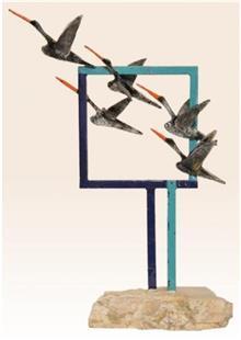 פסל ציפורים בתעופה