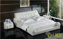 מיטת עור לבנה