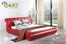 מיטת הורים אדומה