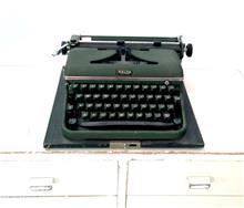 מכונת כתיבה וינטג'