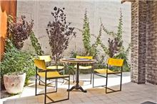 שולחן וכיסאות לגינה