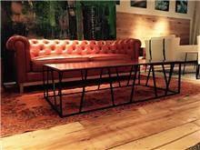 ספה בדוגמת קפיטונאז'