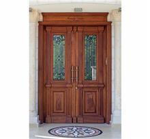 דלת דו כנפית מעוצבת