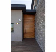 דלת עץ כנף אחת