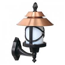 מנורת קיר ברונזה