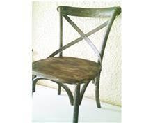 כיסא מעץ מלא בצבע אפור