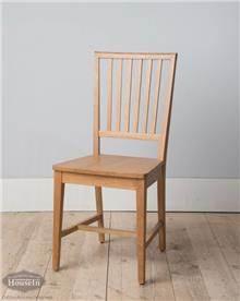 כסא עץ לחדר אוכל