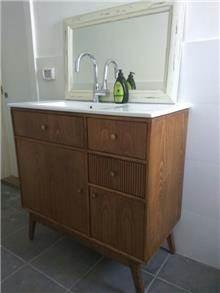 ארון אמבטיה מהמם - יניב פשפשים