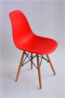 כסא עמוס אדום
