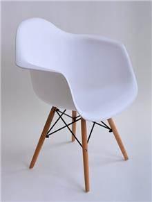 כיסא דגם נועם לבן