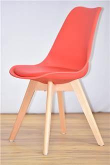כסא דגם אופק אדום