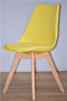 כסא דגם אופק צהוב