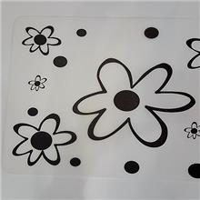 פלייסמנט שחור לבן