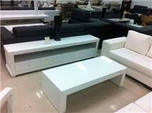 סט שולחן סלון ומזנון לבן