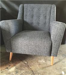 כורסא אפורה