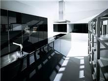 דלתות היי גלוס שחורות - ERA Kitchens