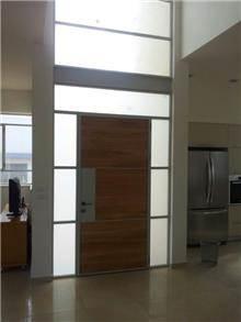 דלת כניסה אלגנטית - כוכב