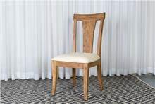 כסא עץ שיטה