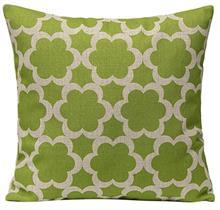 כרית נוי ירוקה מעוטרת - רהיטי עינבל