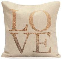 כרית נוי LOVE - רהיטי עינבל