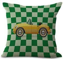 כרית נוי מכונית צהובה - רהיטי עינבל