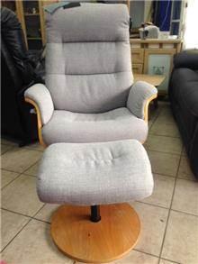 כורסא מסתובבת - רהיטי בלושטיין