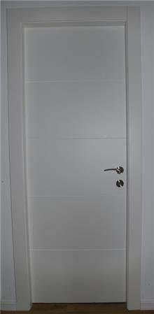 דלת פנים 4 חריטות רוחב - פרקט & DOOR'S