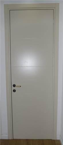 דלת פנים חריטות רוחביות - פרקט & DOOR'S