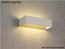 צמוד קיר 10W LED - תמי ורפי תאורה מעוצבת