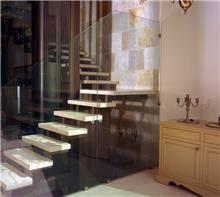 מעקה זכוכית לבית - קליר תעשיות זכוכית