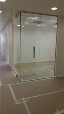 חדרון זכוכית - קליר תעשיות זכוכית