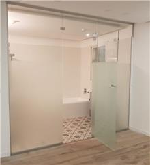 דלתות זכוכית לאמבט - קליר תעשיות זכוכית
